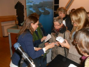 Ida Elina gibt Autogramme, Foto: G.Bernhardt