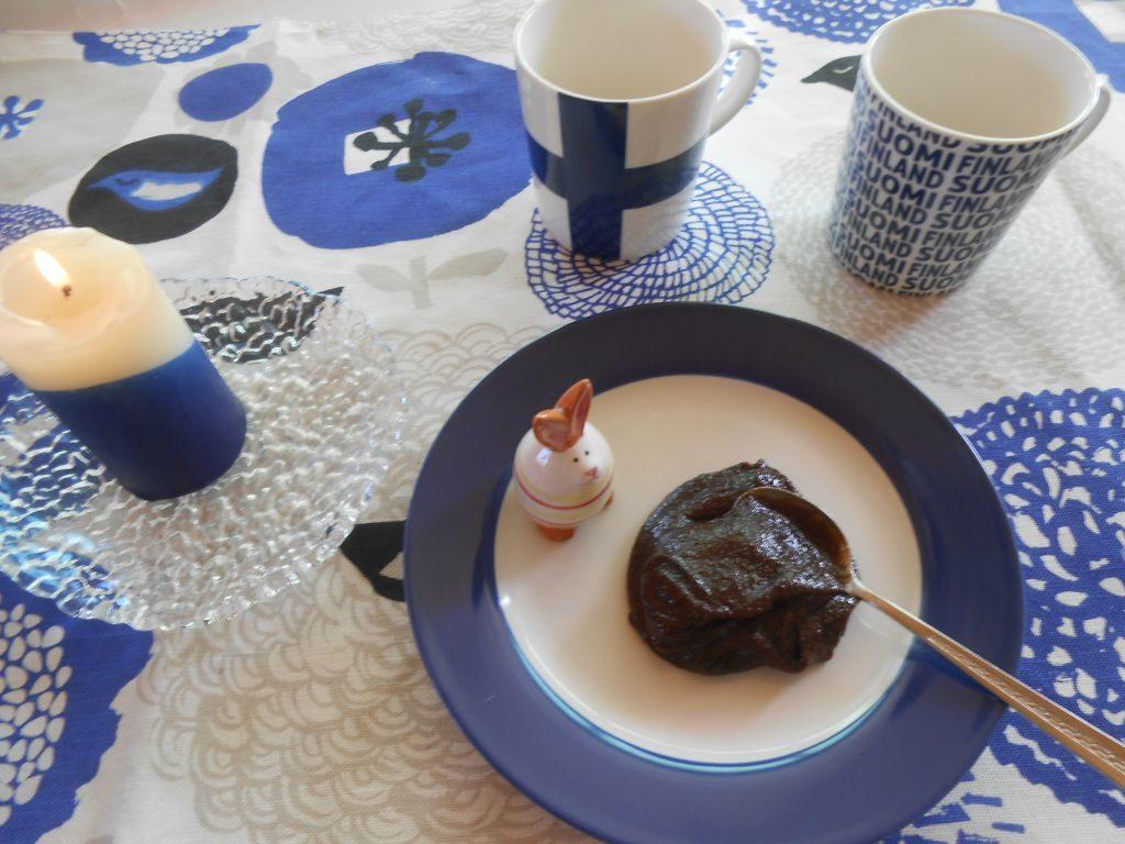 Der finnische Malzbrei Mämmi wird zu Ostern gegessen