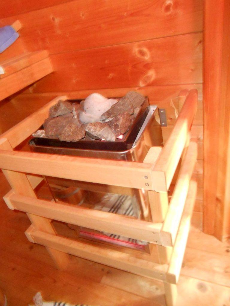 elektrisch geheizter Saunaofen mit Ofensteinen